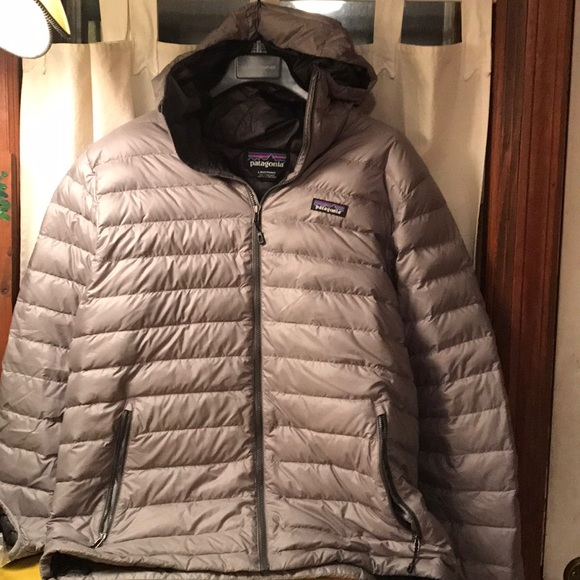 Patagonia Other - Patagonia hooded down jacket silver grey large